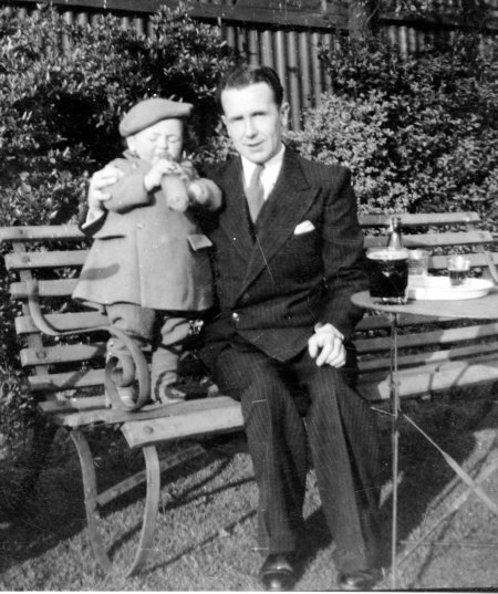 1943 - My first pint with Dad at The Red Lion at Battlefield Shrewsbury