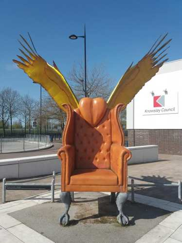 Kirkby Throne Golden